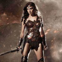 Warner Bros. ainda não deu sinal verde para filme solo da Mulher-Maravilha