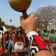 Alice Pataxó esteve junto com aproximadamente 6 mil representantes indígenas protestando contra o marco temporal, medida que pode fazer com que muitos povos sejam expulsos dos seus territórios