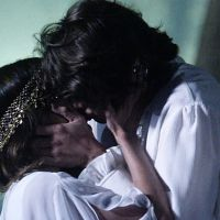 "Novela ""Malhação"": Pedro (Rafael Vitti) trai Karina (Isabella Santoni) com Vicki (Manu Gavassi)?"