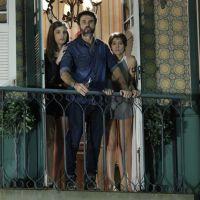 """Novela """"Malhação"""": Pedro (Rafael Vitti) e Karina (Isabella Santoni) quase transam, mas ele foge!"""