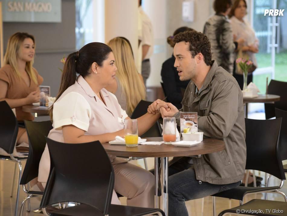 Daniel (Rodrigo Andrade) chama Perséfone (Fabiana Karla) para ir jantar com ele!