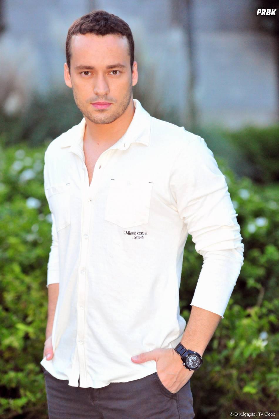 Daniel (Rodrigo Andrade) vai se apaixonar pela enfermeira mais fofa da televisão!