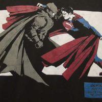 """De """"Batman V Superman"""": Nova foto revela possível armadura do Homem-Morcego"""