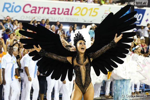 Sabrina Sato desfila no Carnaval 2015 pela Vila Isabel na Sapucaí