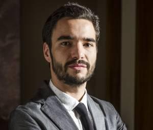 """José Pedro (Caio Blat) é quem vai disparar contra José Alfredo (Alexandre Nero) em """"Império"""""""