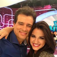 """""""Domingo Legal"""": a ex-Rebelde Maite Perroni fala de parceria com Thiaguinho e Luan Santana!"""