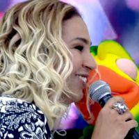 """Valesca Popozuda canta no """"Mais Você"""" e comemora aniversário de 18 anos do Louro José"""