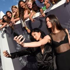 Kim Kardashian fazendo escola! Kendall e Kylie Jenner anunciam que irão lançar jogo para celular