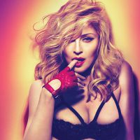 "Madonna comemora sucesso de vendas do álbum ""Rebel Heart"" no Instagram!"