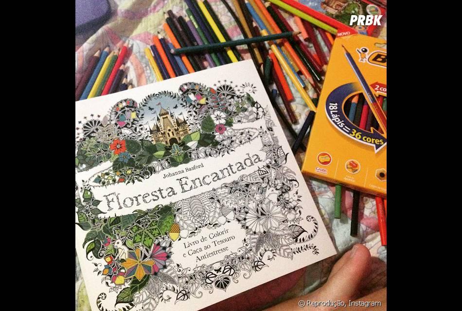 """Os internautas estão soltando a criatividade com o livro """"Floresta Encantada"""""""