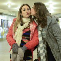 """Tatá Werneck, da novela """"I Love Paraisópolis"""", fala sobre amizade com Bruna Marquezine"""