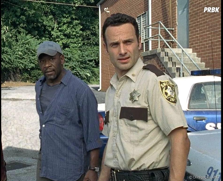 """Em """"The Walking Dead"""", Morgan (Lennie James) foi a primeira pessoa a ajudar Rick (Andrew Lincoln) no início da série"""