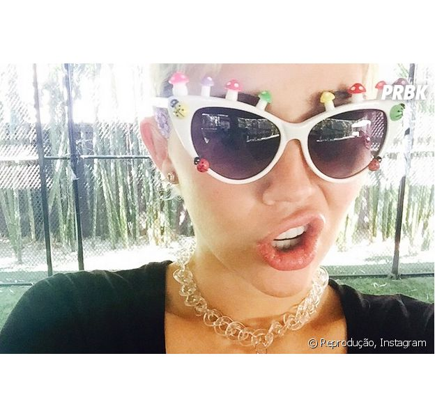 Miley Cyrus posta vídeo de Kendall, Kylie Jenner e Khloé Kardashian no Instagram