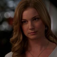 """Em """"Revenge"""": na 4ª temporada, Victoria arma contra Amanda (Emily VanCamp) e vence!"""
