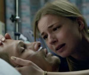 """Em """"Revenge"""", Emily (Emily VanCamp) quis matar Victoria (Madeleine Stowe) depois que ela quase assassinou Jack (Nick Wechsler)"""