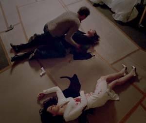 """Em """"Revenge"""", antes de morrer, Victoria (Madeleine Stowe) deu um tiro que acertou o coração de Emily (Emily VanCamp)!"""
