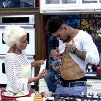 """Lucas Lucco no """"Mais Você"""": Cantor exibe tanquinho sarado, tatuagens e canta """"Vai Vendo"""""""