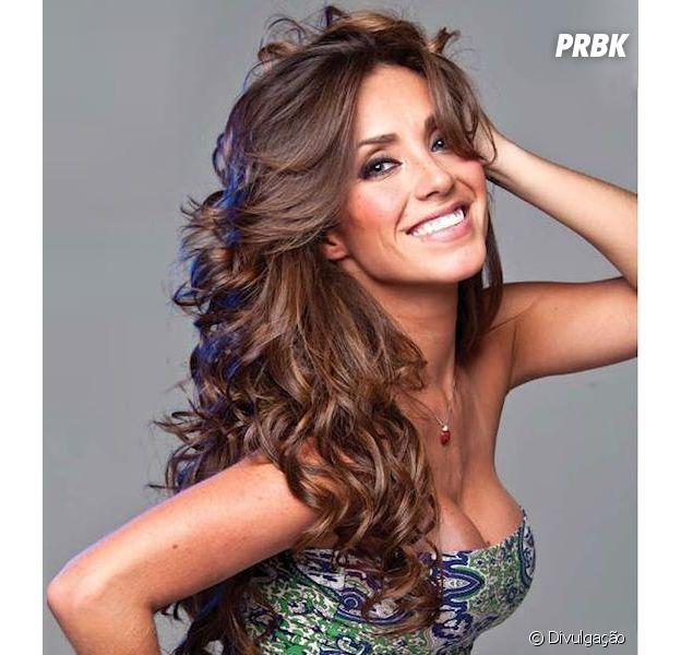 """Anahí lança o single """"Estan Ahí"""" e retoma carreira solo"""