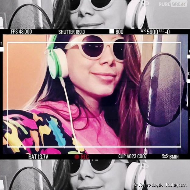 Anitta posta foto no Instagram e dá a entender que o lançamento do novo álbum se aproxima!