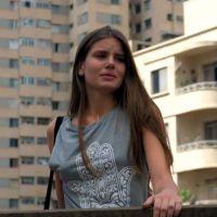 """Te contei? Em """"Verdades Secretas"""", Angel (Camila Queiroz) começa já sofrendo uma decepção amorosa!"""