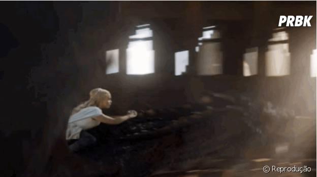 """Daenerys foge com Drogon em """"Game of Thrones""""!"""