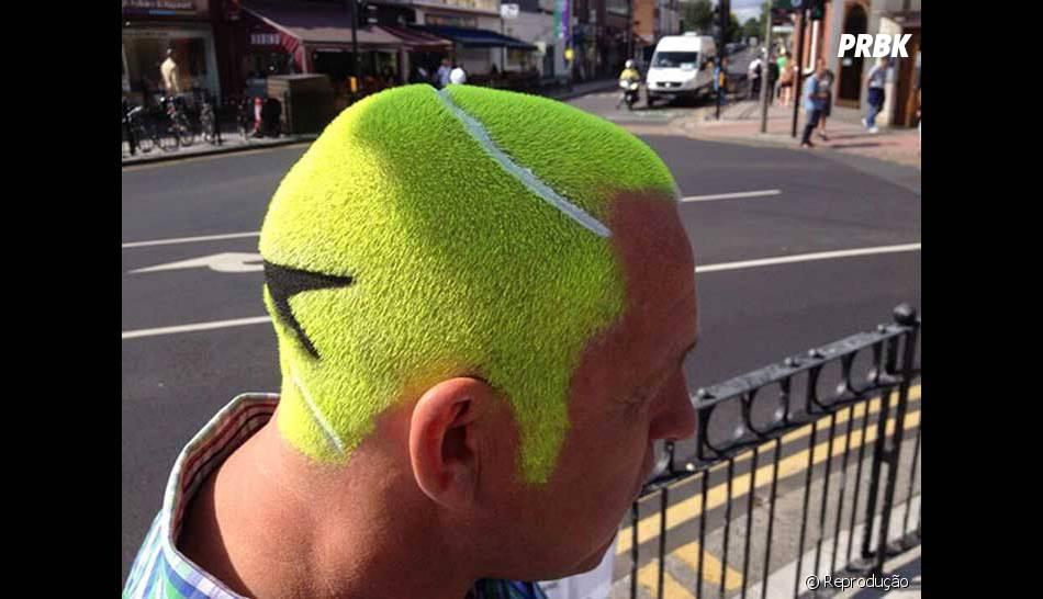 Esse corte de cabelo dá pra ver de longe! Bem chamativo