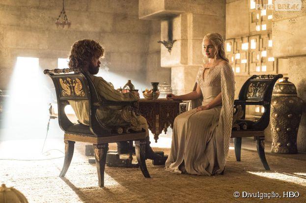 """Em """"Game of Thrones"""", Daenerys (Emilia Clarke) e Tyrion (Peter Dinklage) se uniram"""