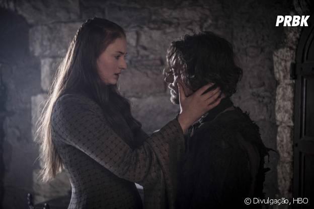 """Em """"Game of Thrones"""", Sansa (Sophie Turner) pode fugir com a ajuda de Theon (Alfie Allen)"""