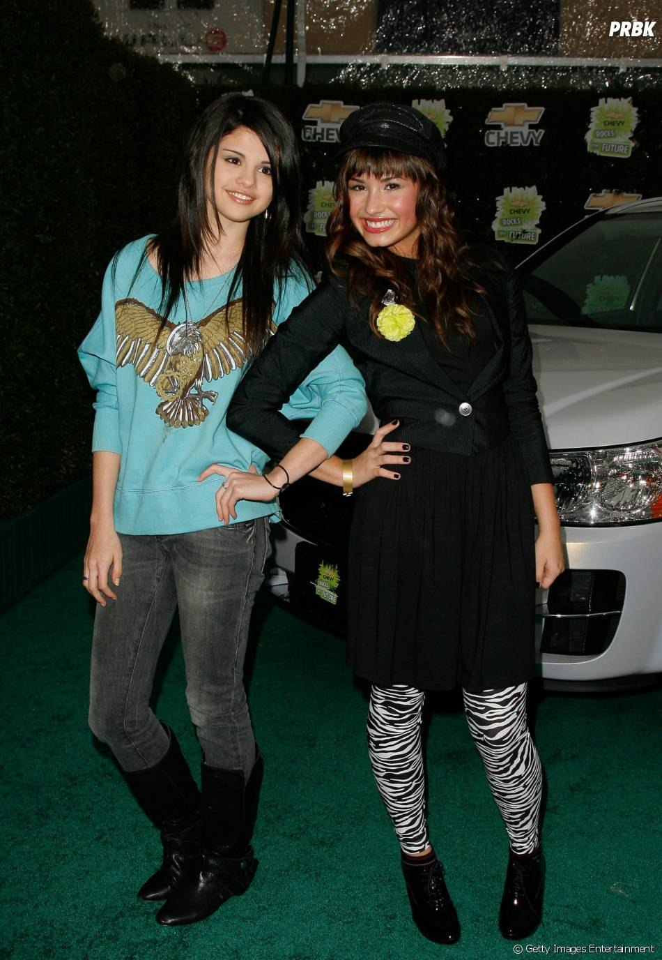 Demi Lovato e Selena Gomez são amigas de longa data e são bffs há 14 anos