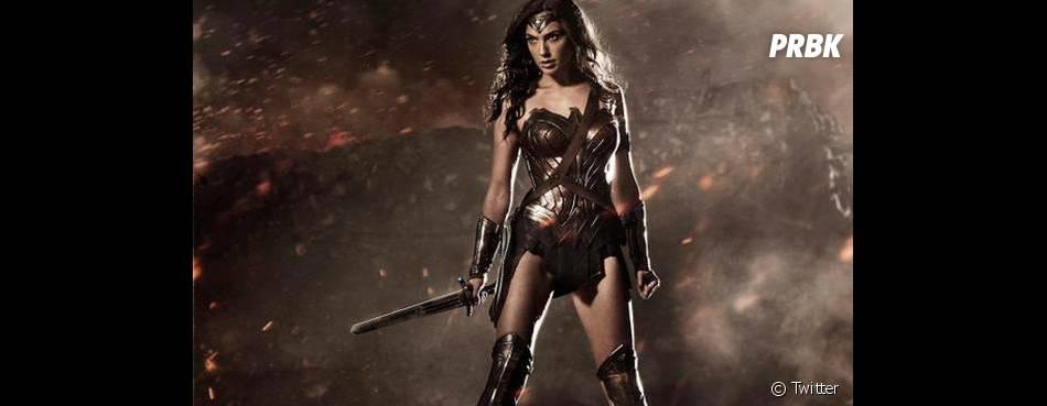 """A Mulher-Maravilha (Gal Gadot) pode ter centenas de anos, em """"Batman V Superman"""""""