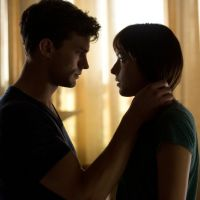 """De """"50 Tons de Cinza"""": filme está prestes a bater recorde de DVD mais vendido em 2015"""