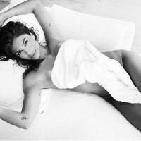 """Grazi Massafera, de """"Verdades Secretas"""", posa de toalha após famosos como Cauã Reymond e Miley Cyrus"""
