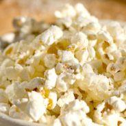 Pipoca, brigadeiro, sorvete e mais: veja as 10 melhores besteiras para comer assistindo a filmes!