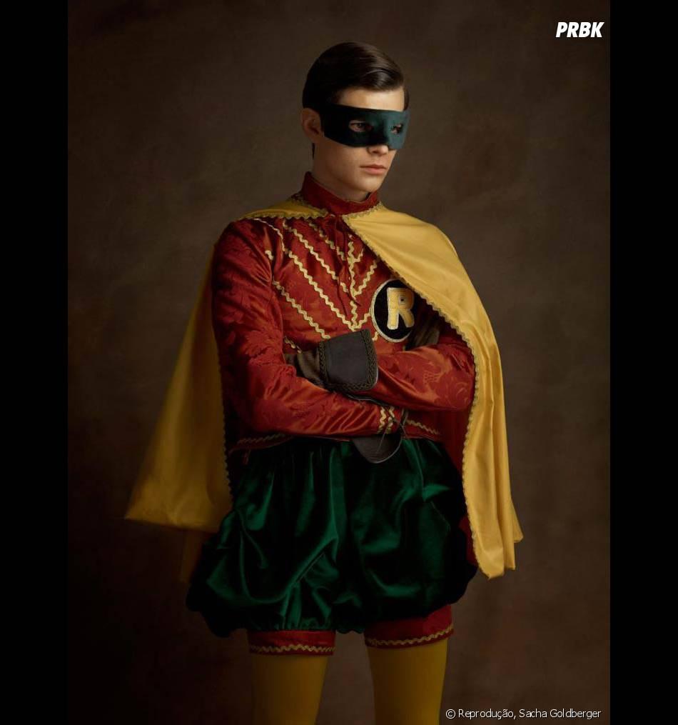 O Robin está com uma cara de quem não curtiu muito esse estilo
