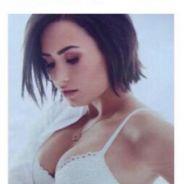 Demi Lovato faz topless e aparece de sutiã e calcinha em ensaio ousado para a revista Cosmopolitan!