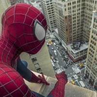 """Em """"Capitão América 3"""": Homem-Aranha (Tom Holland) vai ter mais de um uniforme na produção"""