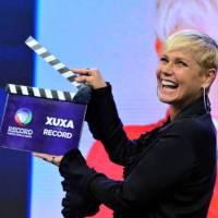 "Xuxa compara Record a Globo às vésperas da estreia de novo programa: ""É incrível poder fazer tudo"""
