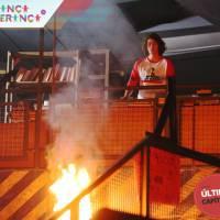 """Final """"Malhação"""": no último capítulo, Pedro (Rafael Vitti) ajuda a apagar incêndio na Ribalta!"""