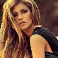 """Hanna Romanazzi, de """"Malhação"""", fala sobre as expectativas para seus 18 anos!"""