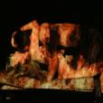 """As cenas de """"Verdades Secretas"""" entre Angel (Camila Queiroz) e Alex (Rodrigo Lombardi) realmente pegam fogo!"""
