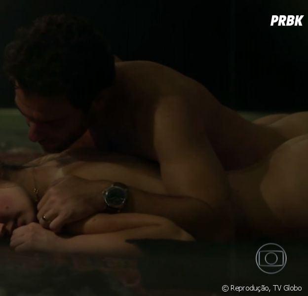 """De """"Verdades Secretas"""", confira as cenas mais ousadas de Angel (Camila Queiroz) e Alex (Rodrigo Lombardi)"""