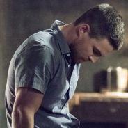 """Em """"Arrow"""": na 4ª temporada, veja Oliver, Felicity e a equipe reunida nas fotos da estreia!"""