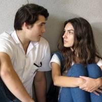 """Novela """"Malhação"""": Luciana (Marina Moschen) briga com Rodrigo por causa de Ciça e Jorge"""