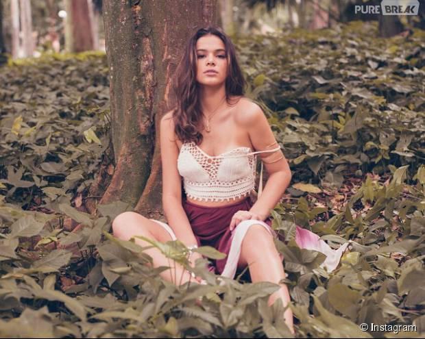 Bruna Marquezine sensualiza no Instagram