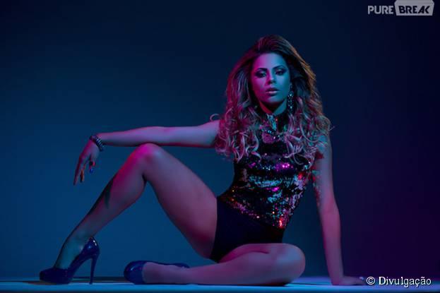 """Após lançar o CD """"Disponível"""", Lexa trabalha com produtor americano Clinton Sparks"""