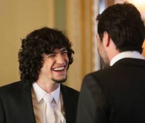 """Gabriel Leone e Rodrigo Lombardi aparecem em gravações do casamento em """"Verdades Secretas"""""""