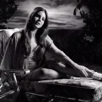 "Lana Del Rey libera clipe de ""Music To Watch Boys To"", segundo single do álbum ""Honeymoon"""