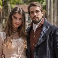 """Novela """"Além do Tempo"""": Lívia e Felipe se reencontram no futuro. Saiba como isso acontece!"""