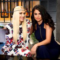 "Selena Gomez entra no ""The Voice USA"" e aparece ao lado de Gwen Stefani nas chamadas da TV"