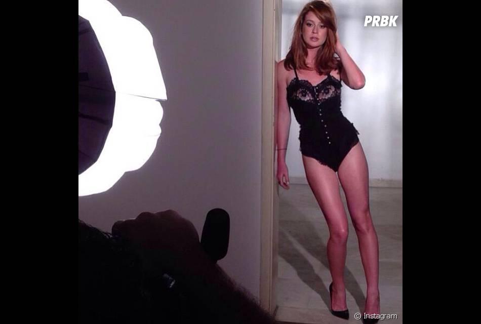 Marina Ruy Barbosa manda muito bem nos ensaios sensuais